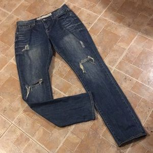 Charlotte Russe distressed slim fit jeans size 6